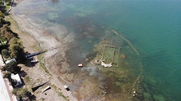 iznik-golu-nde-bulunan-bazilika-sularin-asiri-cekilmesiyle-gun-yuzune-cikti-923806-1.