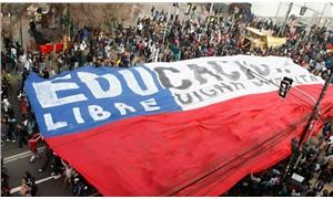 Şilili öğrenciler kazandı: Üniversite ücretsiz olacak!