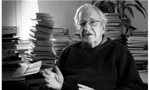 Chomsky: Türkiye eğitimli kesimleri devlete keskin tavır alan tek ülke