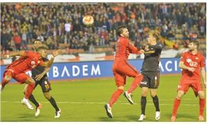 Galatasaray darmadağın!