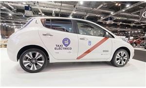 Elektrikli taksi sürücüsüz hizmet