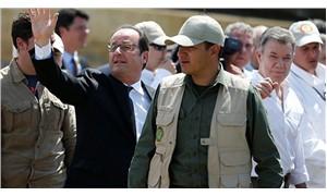 Hollande, FARC gerillalarının kampını ziyaret etti