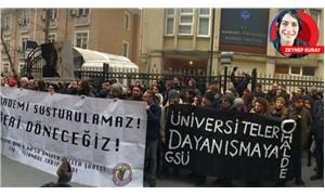 Öğrenciler, hocalarını uğurlamaya devam ediyor: Üniversiteler susmaz!