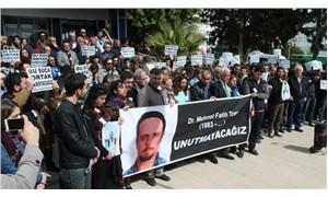 Mehmet Fatih Traş fakültenin önünde anıldı