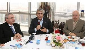 CHP, iş insanlarıyla referandumu konuştu