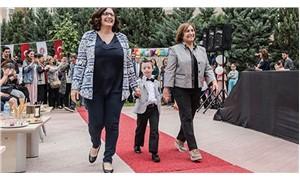 Selvi Kılıçdaroğlu, engelli çocuklarla podyuma çıktı