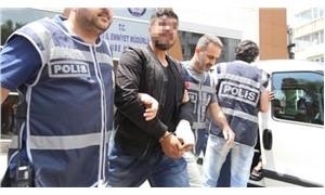 Kendilerini sivil polis olarak tanıtıp gasp yaptılar