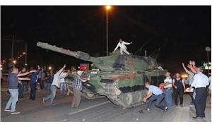 'AKP darbeye giden  yolu elleriyle döşedi'