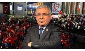 Mehmet Metiner: 'FETÖ' destekçisi eski bakanlar sol yanımda oturuyor