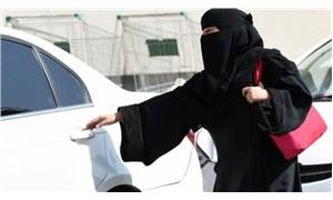 Suudi din adamı: Kadınlar aptal oldukları için araba kullanamaz