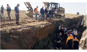Kanal kazısında toprak altında kalan 2 işçi yaralandı