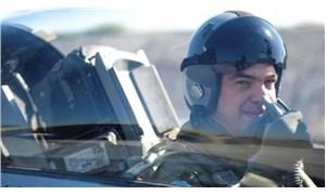 Çipras savaş uçağına bindi: Kısa bir süre için it dalaşının tansiyonunu hissettim