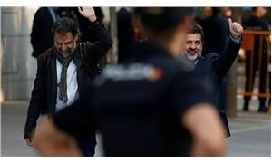 İki Katalan lider tutuklu yargılanacak