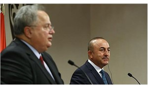 Bakan Çavuşoğlu, Yunan gazetecinin sorusuna tepki gösterdi