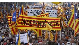 Katalanlar erken genel seçim için sandık başında