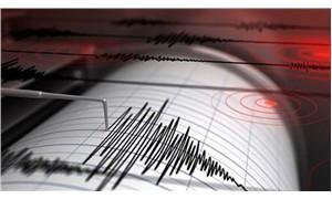 İzmir sabaha depremle uyandı
