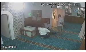 Darbe girişimi gecesi imama pala ile saldıran sanığın cezası indirildi