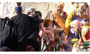 FEMEN: Feminizm ile din bir arada bulunamaz