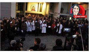 Hekimler TTB gözaltlarına karşı tek yürek