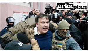 'Gül Devrimi' zirveye siyasi hırsı 'dama' çıkardı