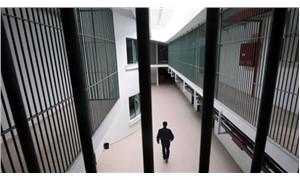 8 aylık bebeği cezaevinde X-RAY cihazından geçirmişler