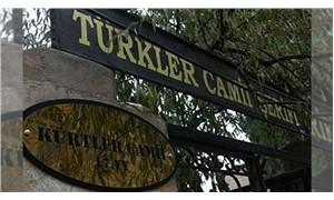 Kürtler Camii açıklaması: Türkler Camii tabelası kısa sürede indirildi