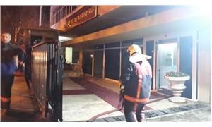 YSK binasının depo kısmında yangın