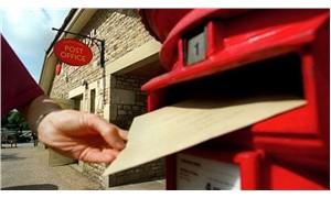 Postacının evinde dağıtmadığı 400 kilo posta bulundu