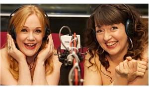 BBC radyo sunucularından kadın bedenleriyle ilgili sorunlara dikkat çekmek için 'Çıplak Yayın'