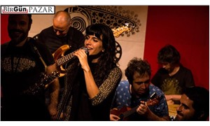 Yolda grubu şarkılarını ücretsiz yayınlıyor: Maksat dayanışma