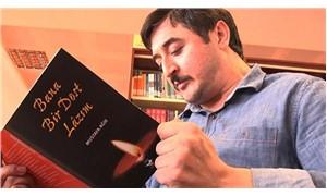 Mustafa Ağır engellerini şiirleriyle aşıyor