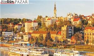 """""""Sırbistan"""" yazılır, """"çok güzel ülke"""" okunur!"""