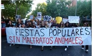 İspanya halkı boğa güreşlerine karşı yürüdü