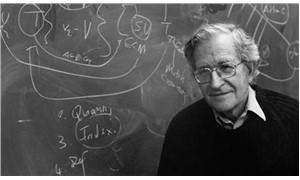 Chomsky: Tarih düz  bir çizgide ilerlemez