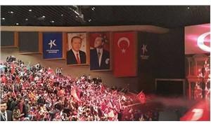 MHP toplantısında Erdoğan posteri
