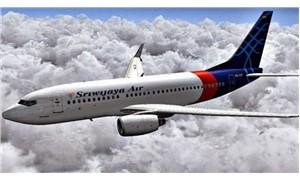 Yolcu uçağı saatlerce kapısı kapanmadan uçtu