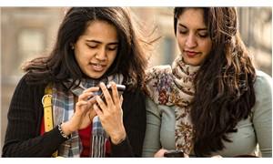Facebook genç nesilleri 'yalnızlaştırıyor'