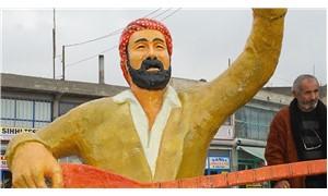 Şivan Perwer heykeline saldırı