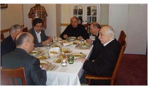 Burhan Kuzu, Gülen ile aynı sofrada buluştuğu fotoğrafı savundu