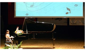 Anasınıfı öğrencisinden festival açılışında piyano konseri