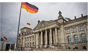 Alman basını: MİT, Alman milletvekillerini takip ediyor