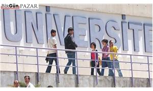 Üniversite de bir yere kadar