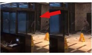 Plazanın döner kapısının camları patladı, işçiler ölümden döndü