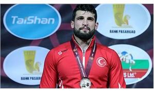 Metehan Başar altın madalya kazandı