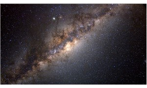 'Samanyolunda yüz milyon kara delik olabilir'