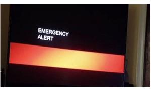 """TV yayını bir anda kesip """"kırmızı alarm"""" verdiler!"""