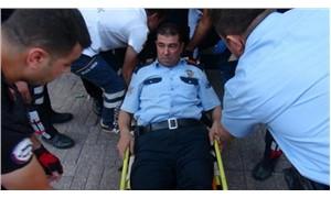 Silahlı kavgaya müdahale eden polis, kendini vurdu