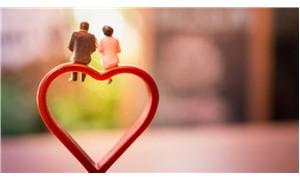 Evlilik ve yakın arkadaşlıklar, bunama riskini azaltabilir