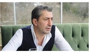 """Erkan Petekkaya mekan çıkışı kendine soru soran muhabire: """"Bir starla nasıl konuşacağını öğreneceksin"""""""