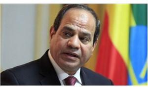 Sisi, cumhurbaşkanlığına yeniden aday olduğunu açıkladı